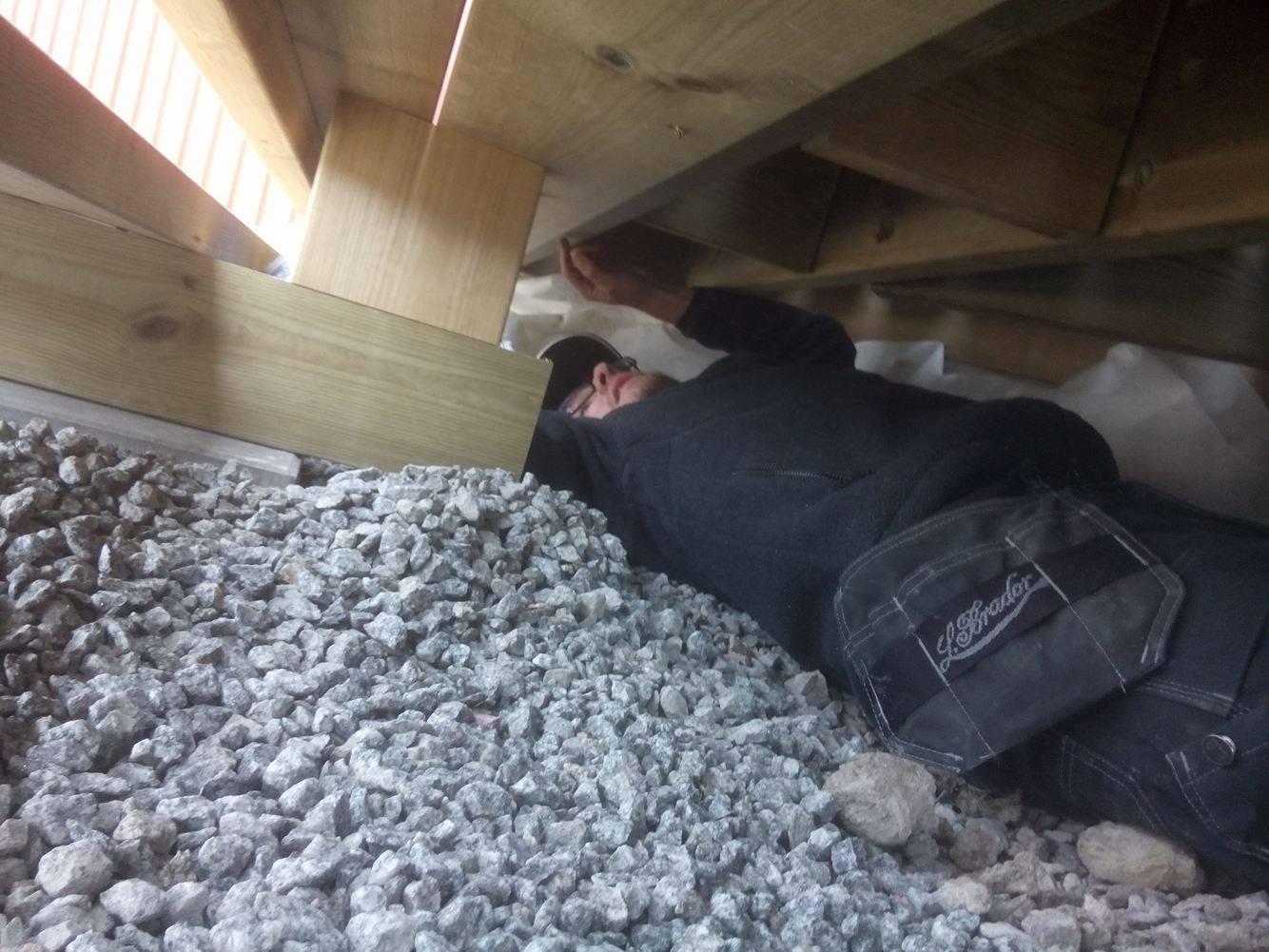 Jon bygger altan